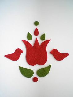 Magyar motívum -Hungarian folk art in felt Hungarian Embroidery, Learn Embroidery, Embroidery Stitches, Embroidery Patterns, Hand Embroidery, Craft Patterns, Flower Patterns, Felt Kids, Crafts For Kids