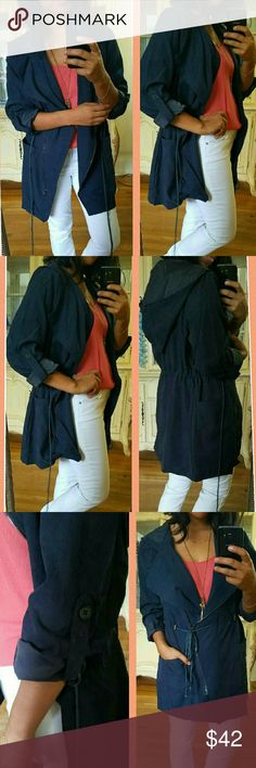 •NEW ▪NAVY BLUE ANORACK HOODED JACKET This lightweight utility jacket is perfect for these apple/pumpkin picking days  Love how you can adjust the waist to your liking. And who doesn't love a hood? Zippered front. 2 front pockets. Must have for sure! New without tags. Comes with extra button.  Sizes available:  S M L •Modeling size: Medium  ✔Price is firm. BUNDLE AND SAVE 15%OFF 2+.   Jackets & Coats Utility Jackets