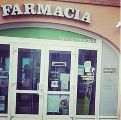 """Ecco anche la farmacia Marson tra gli amici di #festaSanGiuseppeVi il posto giusto in cui andare dal mal di denti alla pelle splendente come quella delle dive in tv....è anche dove spedisco tutti gli stagisti Erasmus sicura di far """"bella figura"""" #vitown #vicenza"""