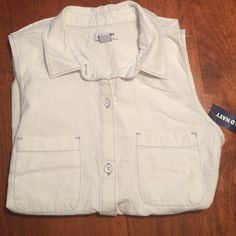 Old Navy White Sleeveless Blouse Size S Brand new! White sleeveless blouse with light blue stitching. Ships from a pet/smoke-free home. Old Navy Tops Blouses