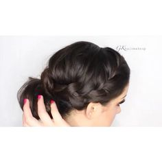 Front braid with a messy bun by @gkhairmakeup ❤️ #hair #hairvid #hairvids #hairvideo #hairvideos #hairidea #hairideas #hairtutorial #hairtutorials #braid #braids #braidtutorial #cutehair #bun #messybun #sockbun #donutbun #hairbun #makeover #hairstyle #cute #love #Padgram