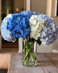 Mixed bouquets are sometimes hard to get just right so instead, I often choose one kind of flower but in lots of different colors. My…