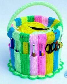 ideas crochet baby toys easy yarns for 2019 Crochet Hook Case, Bag Crochet, Crochet Baby Toys, Easy Crochet Blanket, Baby Afghan Crochet, Afghan Crochet Patterns, Crochet Hooks, Knitting Patterns, Bag Patterns