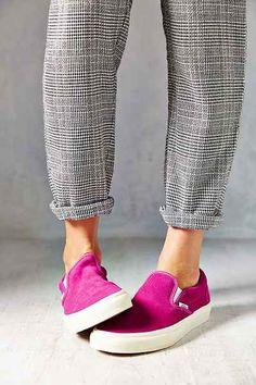 Vans Vintage Suede Classic Women's Slip-On Sneaker