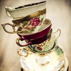 https://artscentremelbourne.com.au/cmsimages/2819__6650b7ee-9419-4374-af16-85196ddc4ac9__jazz-high-tea-cup-stack-255x255.jpg