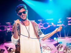 Oscar And The Wolf op Pinkpop 2015