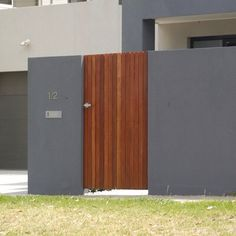 Render colour + timber door