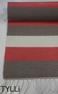Black Rug, Crochet Home, Rug Making, Making Ideas, Diy And Crafts, Stripes, Blanket, Antiques, Rag Rugs