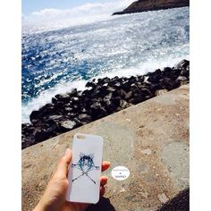 Case's WAVE  #traveling #wave #warsawdesign #fashionbrand #accessory #spain #sun #sand #summer #followbrand #follow #instagood #whitagram #caseforiphone #iphone #iphone5 #message #girls #instamood #beach #blue #deepwave #deep #minimal #minimalism #simple #simpleandpure #simplicity #simplethings #minimalmood