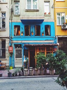 cute, colourful buildings in Istanbul