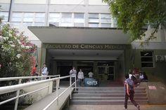 El decano de la Facultad de Medicina, Jorge Martínez, consideró que el reclamo de los futuros profesionales debió centrarse en mejoras académicas y no en el sorteo de vacantes de la PFO.