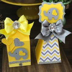 Elephant Party, Elephant Baby Showers, Baby Elephant, Baby Shower Yellow, Baby Boy Shower, Girl Baby Shower Decorations, Baby Shower Themes, Baby Barbie, Baby Event