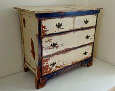 Vintage Rustic 3 Drawer Wood Dresser Hall by BelletreeVintage
