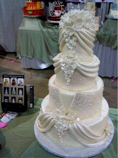 wedding cakes spectacular | Wedding Idea Gallery: Find inspiration for your Las Vegas wedding cake ...