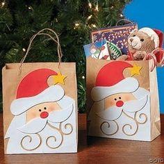 Algumas idéias para seu natal...      Embrulhar os presentes e colocar a foto da pessoa que será presenteada...      sacolas com o tema  ...