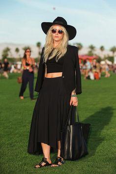 Black #blazer, hat, long #skirt, bag, sandals. Summer street women fashion @roressclothes closet ideas