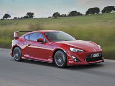 Toyota has unleashed a new (bewinged) limited edition 86 model, also adding a few choice updates to the rest of the local range. Scion Tc, Toyota 86, Car Mods, Small Cars, Dream Garage, Jdm, Cool Cars, Dream Cars, Automobile