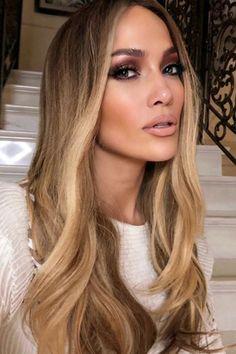 Ciara Hair Color, Jennifer Lopez Hair Color, Beyonce Hair Color, Hair Color Balayage, Hair Highlights, Golden Brown Hair Color, Golden Blonde, Honey Blonde Hair, Ciara Blonde Hair