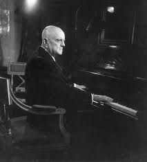 Sibelius Jean Finland composer at his grand piano in Ainola front room Bela Bartok, Classical Music Composers, Romantic Period, People Of Interest, Bbc Radio, Orchestra, Black And White, Portrait, Concert