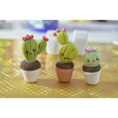 cactus y bonsai rio cuarto Polymer Clay Kunst, Cute Polymer Clay, Cute Clay, Polymer Clay Miniatures, Fimo Clay, Polymer Clay Charms, Polymer Clay Creations, Clay Projects, Clay Crafts