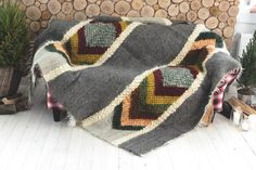 Dark gray wool throw blanket, chunky yarn wool, colorful Coverlet, Warm winter Woolbedding, Handmade sofa cover, daybed cover, Home decor by SheepWoolBlankets on Etsy https://www.etsy.com/listing/497845550/dark-gray-wool-throw-blanket-chunky-yarn