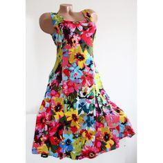 e401fb8d1f450 Traumhaftes Sommer Sommer Kleid mit Blumen -Muster in einem femininen Stil!