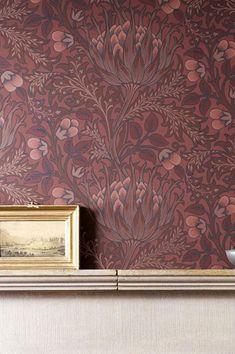 #cartadaparati#decorazioneinterni#cartadaparafloreale Red Wallpaper, Flower Wallpaper, Pattern Wallpaper, Morris, Beautiful Flowers Wallpapers, What Inspires You, Basic Colors, Red Color, Wall Decor