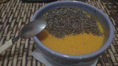 Pausa no verão para um caldinho vegetariano de abóbora, com toque de gengibre e sementes de chia. 💦