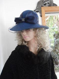 Vintage Women's  Beautiful Faux Persian Black by OneMoeTimeVintage