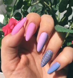 #unicorn #nails #ombre #pink #purple #blue #holo #green #pinkflower #flower #garden