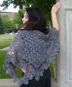 gorgeous #crochet shawl