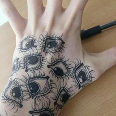 Eye tattoos are more attention-grabbing apart of being mystical. These tattoos are capable of conveying more powerful emotions and can connect the souls effortlessly. Hand Tattoos, Body Art Tattoos, Cool Tattoos, Eye Tattoos, Tatoos, Hand Eye Tattoo, Tattoo Motive, Art Hoe, Hand Art