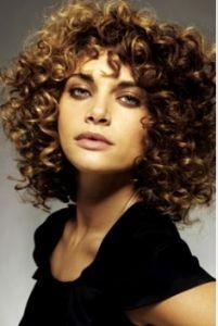 Permanent Curly Hairstyles For Short Hair Short Permed Hair, Permed Hairstyles, Wedding Hairstyles For Long Hair, Pretty Hairstyles, Permanent Curls, Medium Hair Styles, Curly Hair Styles, Short Hair Images, Beautiful Hair Color