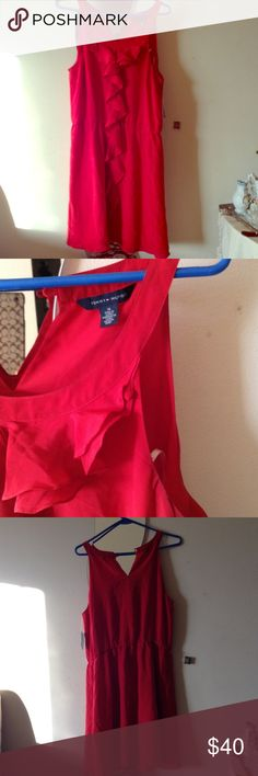 RED RUFFLE TOMMY HILFIGER   DRESS 14 Beautiful dress worn once size 14 Tommy Hilfiger Dresses Midi