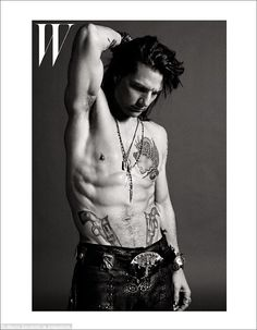 Loving the images of Tom Cruise for the Rock Of Ages movie.
