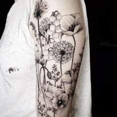 35 Amazingly Pretty Flower Tattoos That Are Perfect For The Spring & Summer - 35 Best Flower Tattoos For Women That Will Inspire You To Get Inked Over The Summer Black Tattoos, New Tattoos, Body Art Tattoos, Tatoos, Black Poppy Tattoo, Black And White Flower Tattoo, Dragon Tattoos, Forearm Tattoos, Small Tattoos