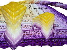 Das Tuch kann in 2 Varianten gehäkelt werden. Die Muster können aber auch im Quadrat gearbeitet werden (in der Anleitung beschrieben). Variante 1 ist die luftigere Variante als Variante 2.