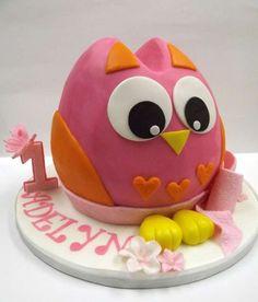 Cute owl smash cake