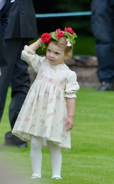 Princess Estelle - through the years The Local Victoria Prince, Princess Victoria Of Sweden, Crown Princess Victoria, Cute Princess, Prince And Princess, Beautiful Children, Beautiful People, Swedish Royalty, Prince Daniel