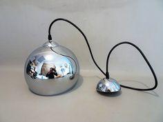Vintage Space Age Hanglamp Chroom metaal Jaren 60/70 | Etsy Desk Lamp, Table Lamp, Kitchen Appliances, Lighting, Vintage, Etsy, Decor, Diy Kitchen Appliances, Table Lamps