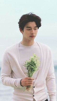 Gong yoo Goblin drama Was never a fan of Korean Drama until I got the chance to see this flowers Korean Celebrities, Korean Actors, Buckwheat Flower, Goblin The Lonely And Great God, Goblin Korean Drama, Goblin Gong Yoo, Ji Eun Tak, Goblin Kdrama, Yoo Gong
