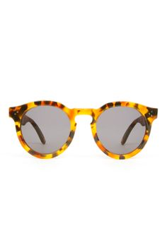 Glasses Frames Too Small : Eyewear of the Day: Burberry Brights New Folding ...