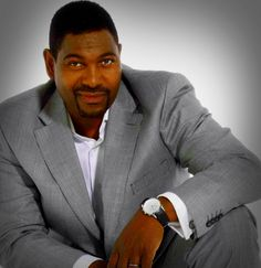 Mykelti Williamson Michael T. Mykelti Williamson (born March 4 1960) is an American actor best known for his role as Benjamin Buford (Bubba) Blue in the 1994 film Forrest Gump as Detective Bobby Fearless Smith in the critically acclaimed but commercially unsuccessful crime drama Boomtown as Baby-O in the 1997 film Con Air as Director Brian Hastings in Season 8 of TV-series 24 and recently as Ellstin Limehouse in the critically acclaimed Justified.  Early life Williamson was born on March 4…