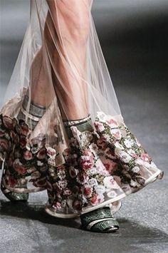 Прозрачная юбка с вышивкой / Вышивка /