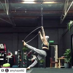 "476 Likes, 8 Comments - Aerial Hoop Tricks (@aerialhooptricks) on Instagram: ""Just LOVE this elbow wrap by @amyhazel92 ! #aerialhooptricks"""