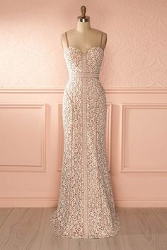 Robe beige dentelle blanche - Beige dress white overall lace