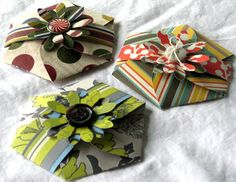 Pretty packaging for small gifts - includes link to free hexagon petal card template