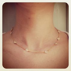 Daisy Chain Necklace   http://www.alexmonroe.com/shop/daisy-chain-necklace