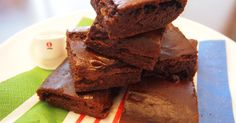 Ultra-Rich Tofu Brownies with the Calories! Recipe by cookpad. Easy Sweets, Vegan Sweets, Healthy Sweets, Sweets Recipes, Brownie Recipes, Chocolate Recipes, Baking Recipes, Tofu Recipes, Healthy Snacks