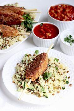 ARABSKIE KOFTY Z SAŁATKĄ Z KUSKUSU I 2 SOSAMI Salmon Burgers, Pesto, Risotto, Spaghetti, Ethnic Recipes, Food, Salmon Patties, Eten, Meals